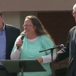 You Won't Believe How Many Americans Think Kim Davis Deserved to Go to Jail